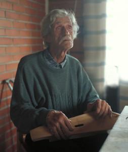 Jussi Huovinen mainitaan viimeisenä  runolaulajana, joka on oppinut taidon perinteisesti.